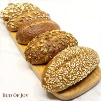 Organic 100% Wholemeal Spelt Assortment of 6 Buns