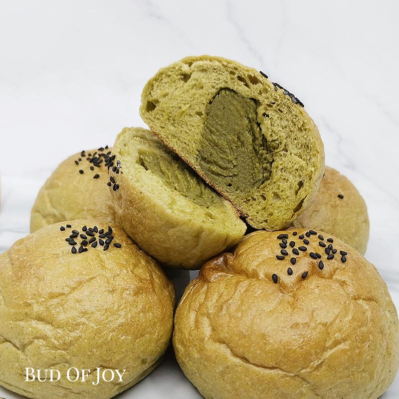 Organic Matcha Buns (pack of 5)